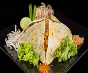 Phat Thai Fried Shredded Noodle